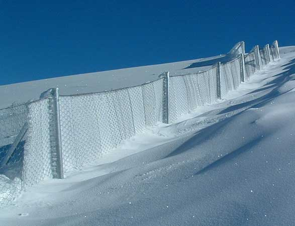 Windbreak <br/> barriers