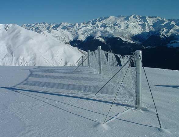 Protección contra <br/> aludes de nieve